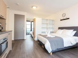 Lux Loft Apt View Walk city center, apartment in Delft