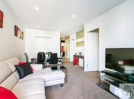 Melbourne Star - central city location - sleeps 5, apartment in Melbourne