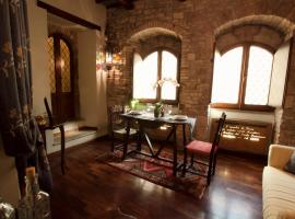 Loggia dei Maestri Comacini, apartment in Assisi