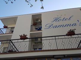 Hotel Damma's, hotel in Cesenatico