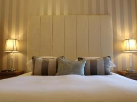 Camelot Guest House, boutique hotel in Falmouth