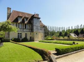 Les Manoirs des Portes de Deauville, country house in Deauville
