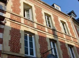 Appartement Trouville s/mer Plage, apartment in Trouville-sur-Mer