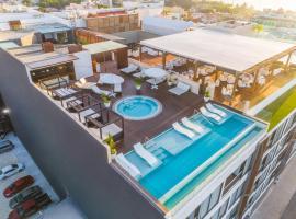 The Fives Downtown Hotel & Residences, Curio Collection by Hilton, hotel near Kool Beach Club, Playa del Carmen