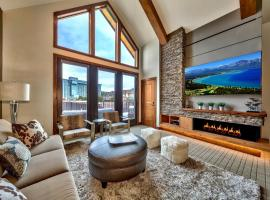Luxury Three Bedroom Residence Steps From Heavenly Village Condo, apartment in South Lake Tahoe