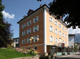 Hotel Villa Regina, hotel in Levico Terme