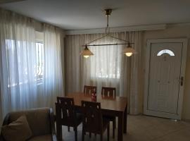Near Airport And metropolitan Artemis George Cozy Home, apartment in Artemida