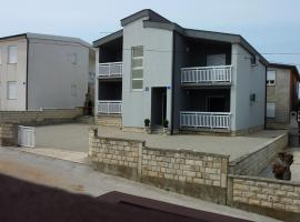 New Apartments 100 m to beach - Zitna XX, hotel in Vir