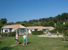 Landal Schuttersbos, beach hotel in Midsland
