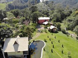 Pousada Silvestre, hotel with jacuzzis in Visconde De Maua
