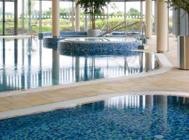 Pillo Hotel Ashbourne Leisure Club & Spa, hotel near Tayto Park, Ashbourne