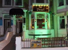 The Pearl Hotel, hotel near Marton Mere Local Nature Reserve, Blackpool