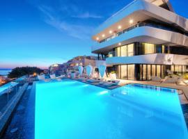 Hotel Posh, room in Split