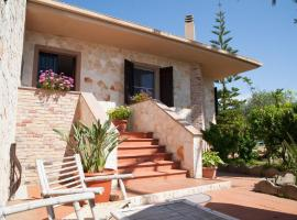 Bed And Breakfast Sant'Anna, country house in Alghero