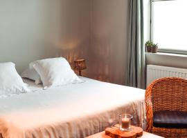 B&B Laurestes, pet-friendly hotel in Nieuwpoort