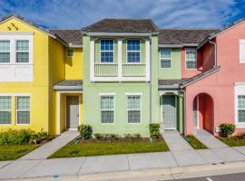 Fabulous Townhome with themed bedroom at Family Resort FE0450, villa in Davenport