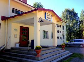 Vanhan Koulun Majatalo-Old School Guest House, hotel in Kolinkylä