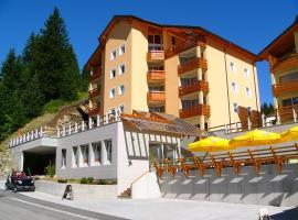 Hotel-Aparthotel San Bernardino, hotel near San Bernardino Pass, San Bernardino