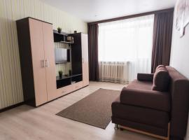 Apartment on Krasnoarmeyskaya 44, hotel in Kirov