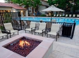 Avalon Mountain View, hotel in Mountain View