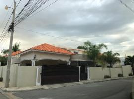 Heaven on Earth/ Estudio Mi rinconcito para tí, family hotel in La Romana