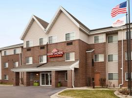 Hawthorn Suites By Wyndham Oak Creek/Milwaukee Airport, hotel near General Mitchell International Airport - MKE, Milwaukee