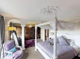 Redhill House Boutique Hotel, hotel near Cheddar Gorge & Caves, Redhill