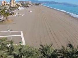 Enjoy Beach & Terrance, appartement in Torremolinos