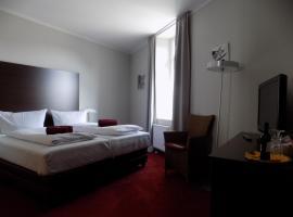Hotel Garni Eifeler Hof Mayen, hotel near Nuerburgring, Mayen