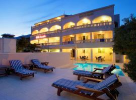 Hotel Villa Daniela, hotel in Bol