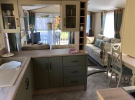 New 2019 riverside static caravan, hotel near Cheddar Gorge & Caves, Cheddar
