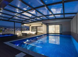 Zambelis Athens Penthouse Spa, hotel with pools in Athens