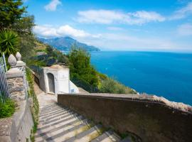 villa orleans, beach hotel in Amalfi