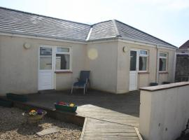 Fairways Cottages, hotel in Prestwick