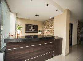 Apart Hotel Carlos 2, serviced apartment in Salta