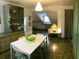 La mansarda, self catering accommodation in Lecco
