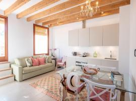 Es Palauet New duplex in Ibiza center with Dalt Vila views, apartment in Ibiza Town