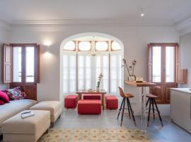 Es Palauet Brandnew one suite apartment in Ibiza center, apartment in Ibiza Town