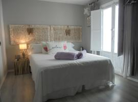 Hostal Tak, B&B in Marbella
