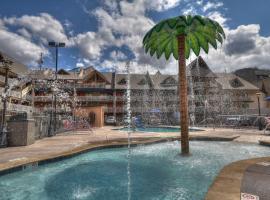 Crossroads Inn & Suites, motel in Gatlinburg