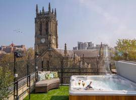 The Bells, hotel with jacuzzis in Leeds