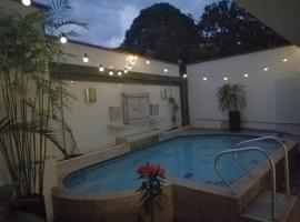 Hotel Puerto Bahia, hotel en San Gil