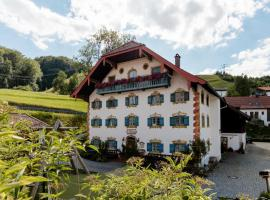 Pension Ober, guest house in Siegsdorf