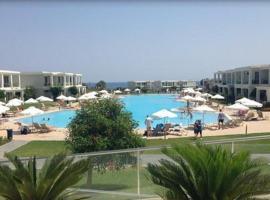 Levante Beach Resort, hotel in Afantou