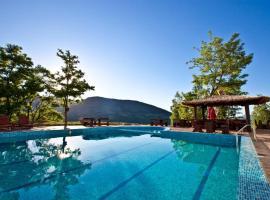 Хотелски Комплекс Планински Изглед, хотел в Ябълковец