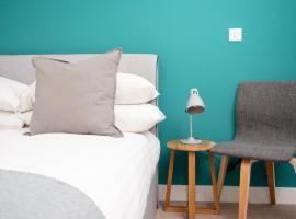 The Wharf - Your Apartment, hotel near Wapping Wharf, Bristol
