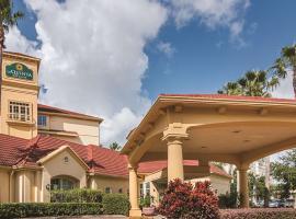 La Quinta by Wyndham Orlando Airport North, pet-friendly hotel in Orlando