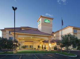 La Quinta by Wyndham Albuquerque Midtown, hotel in Albuquerque