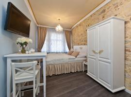Cathedral Prague Apartments, hotel in Prague