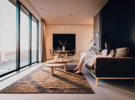CREATIVE VALLEY NEST – Luxury Rooftop Apartments, apartment in Utrecht